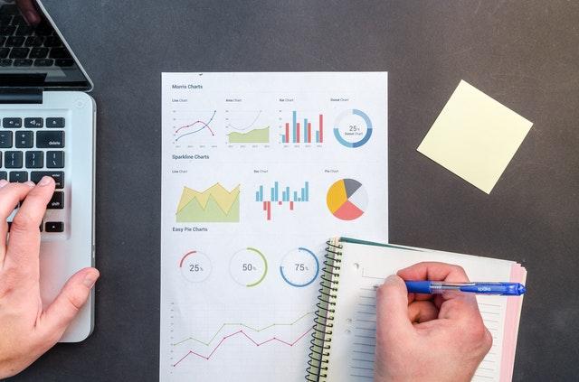 Cómo controlar los gastos y costes en su negocio