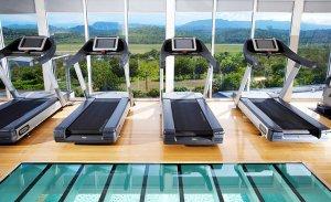 Por qué funcionan los hoteles con gimnasio
