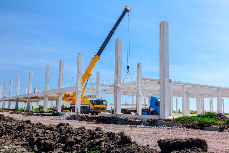 Comprar un edificio en construcción