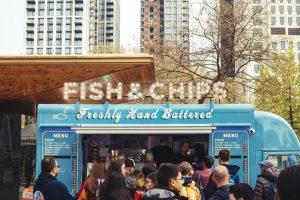 Camión de comida ideas de negocios en una pequeña ciudad